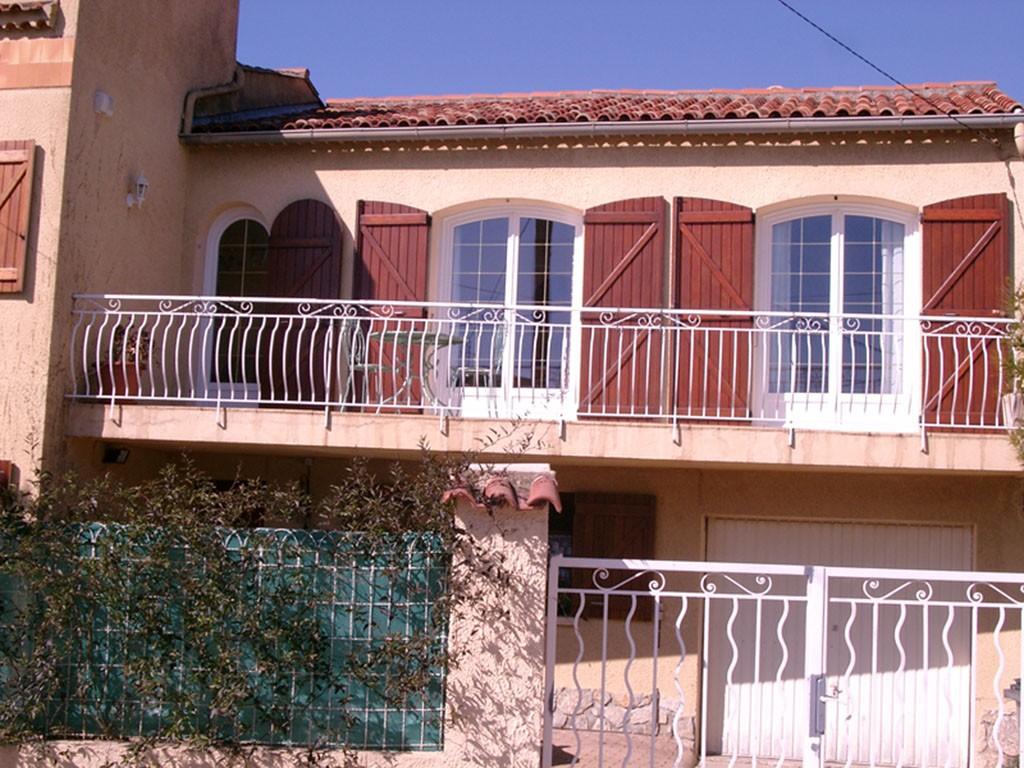 Porte-fenêtre PVC La Garde